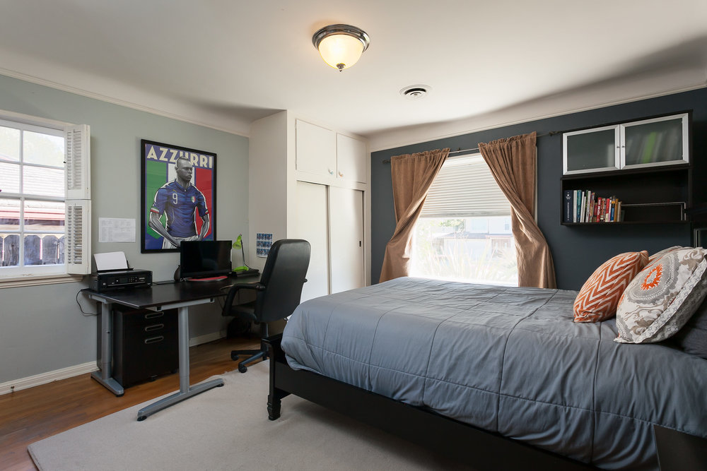 4107 Goodland Ave Studio City-print-015-18-Bedroom-3863x2576-300dpi.jpg