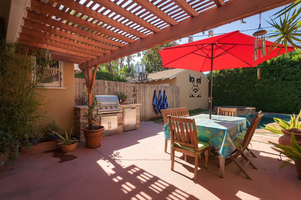 4107 Goodland Ave Studio City-print-026-26-Back Yard-3861x2574-300dpi.jpg