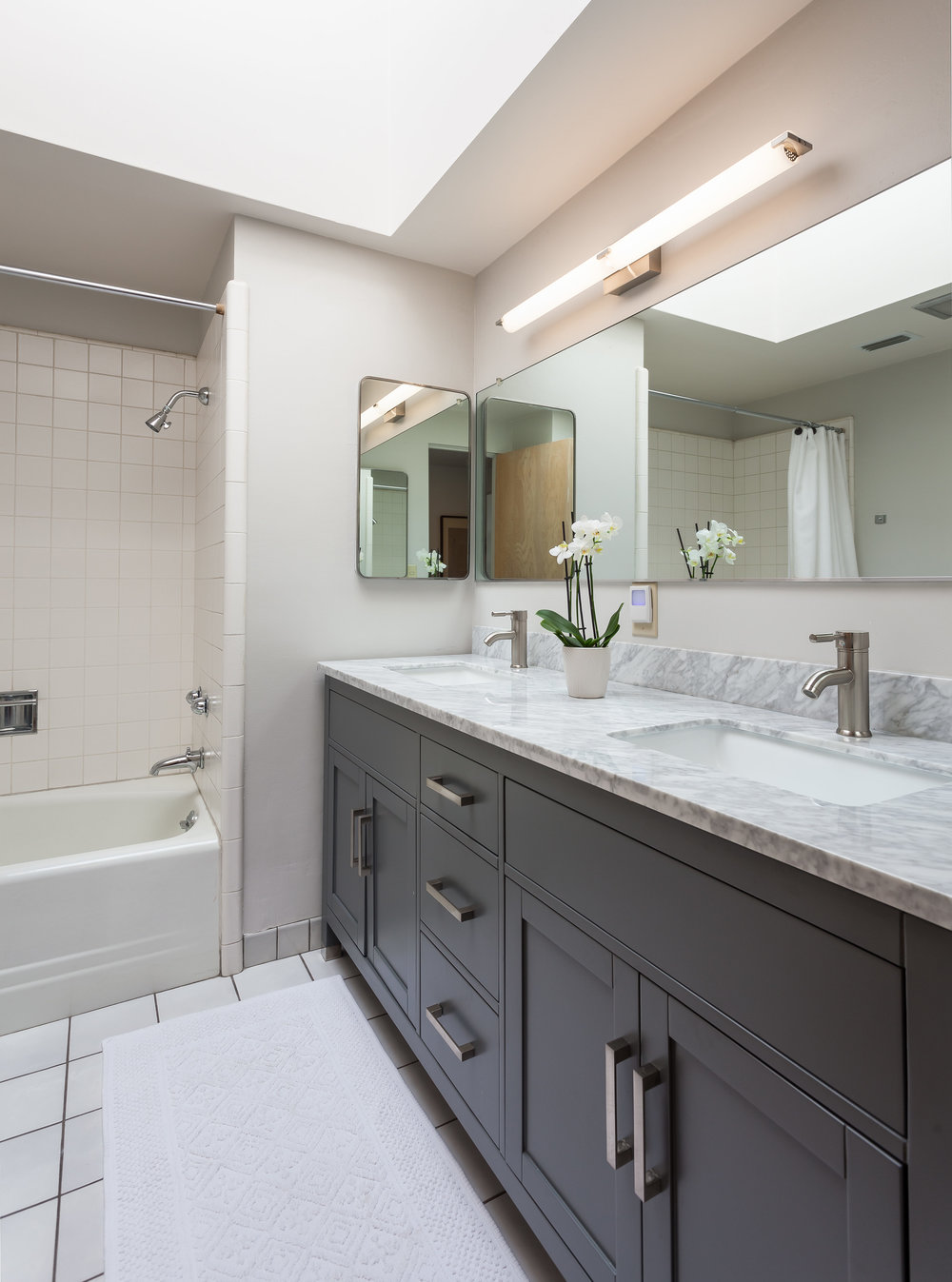 3493 Valley Meadow Rd Sherman-print-009-6-Bathroom-3119x4200-300dpi.jpg