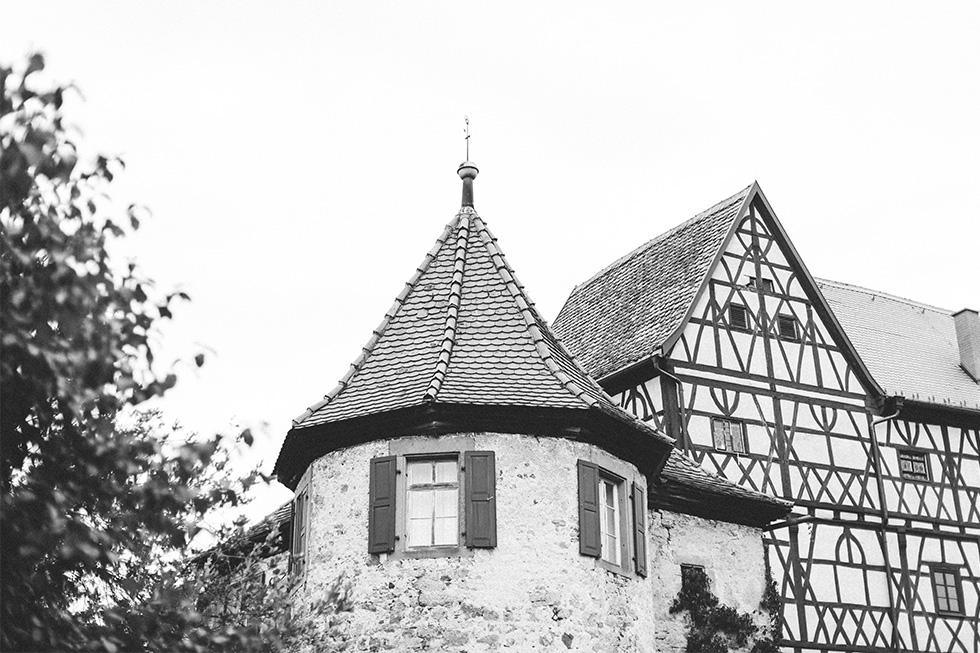 Traumanufaktur_Hochzeitsreportag_Hochzeitsfotograf_Wasserschloss_Unsleben_Würzburg_000.jpg