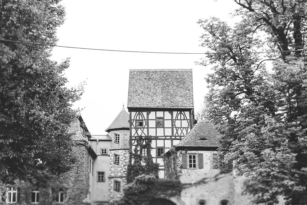 Traumanufaktur_Hochzeitsreportag_Hochzeitsfotograf_Wasserschloss_Unsleben_Würzburg_007.jpg