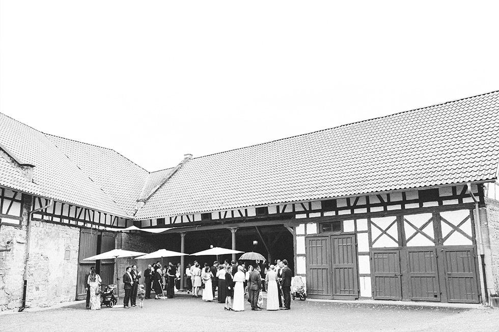 Traumanufaktur_Hochzeitsreportag_Hochzeitsfotograf_Wasserschloss_Unsleben_Würzburg_073.jpg