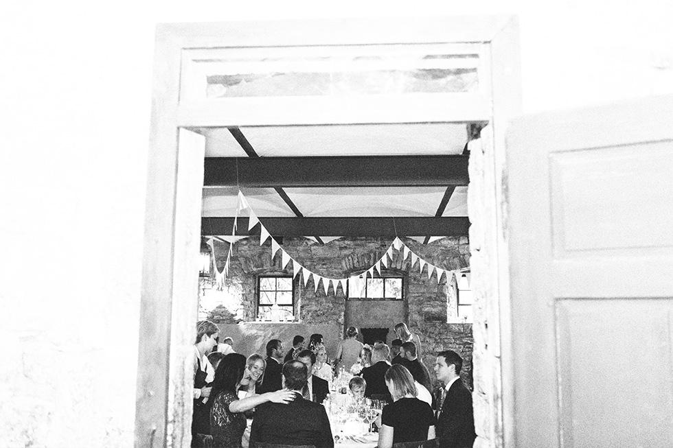 Traumanufaktur_Hochzeitsreportag_Hochzeitsfotograf_Wasserschloss_Unsleben_Würzburg_114.jpg