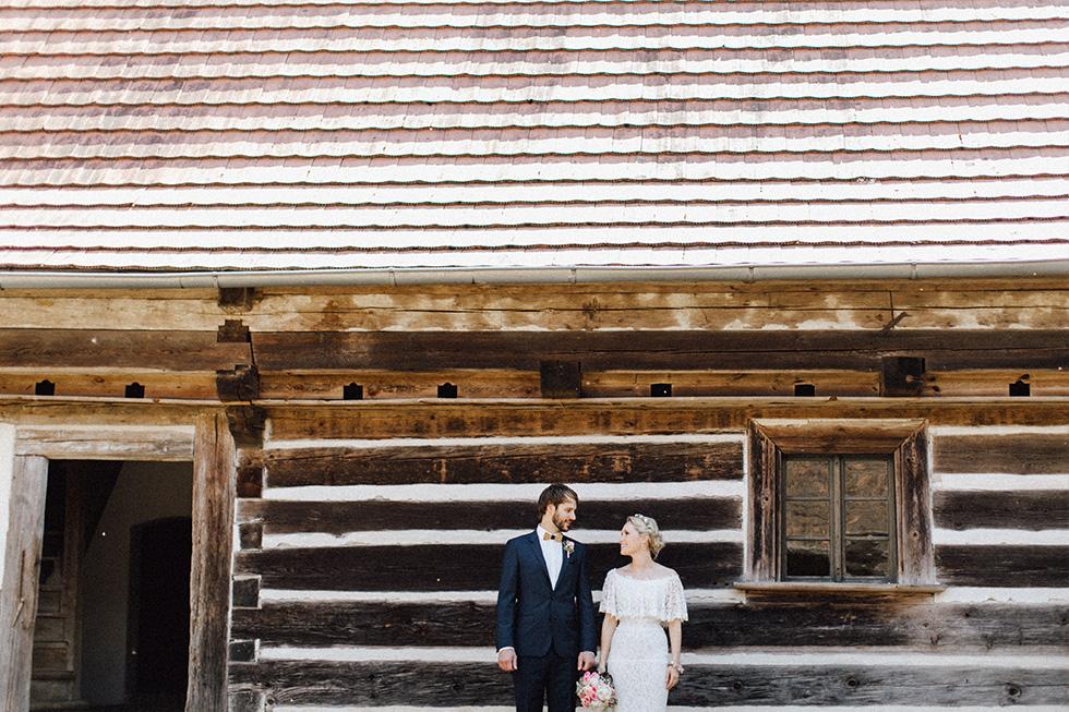 Traumanufaktur_Schafferhof_Windischeschenbach_Bayrische_Hochzeit_Hochzeitsfotograf_059.jpg
