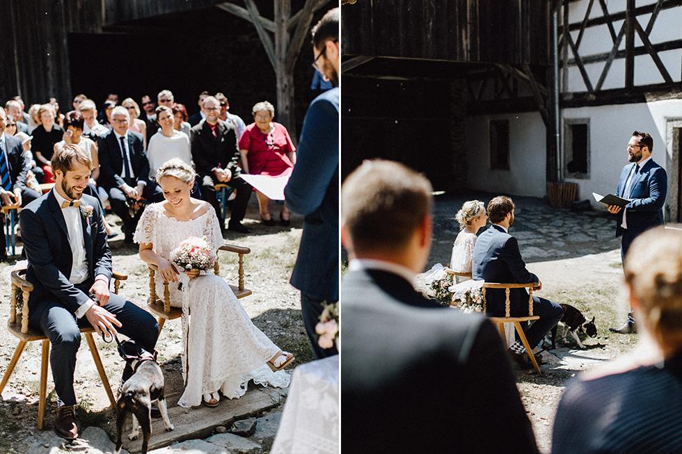 Traumanufaktur_Schafferhof_Windischeschenbach_Bayrische_Hochzeit_Hochzeitsfotograf_076.jpg