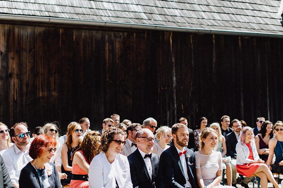Traumanufaktur_Schafferhof_Windischeschenbach_Bayrische_Hochzeit_Hochzeitsfotograf_080.jpg