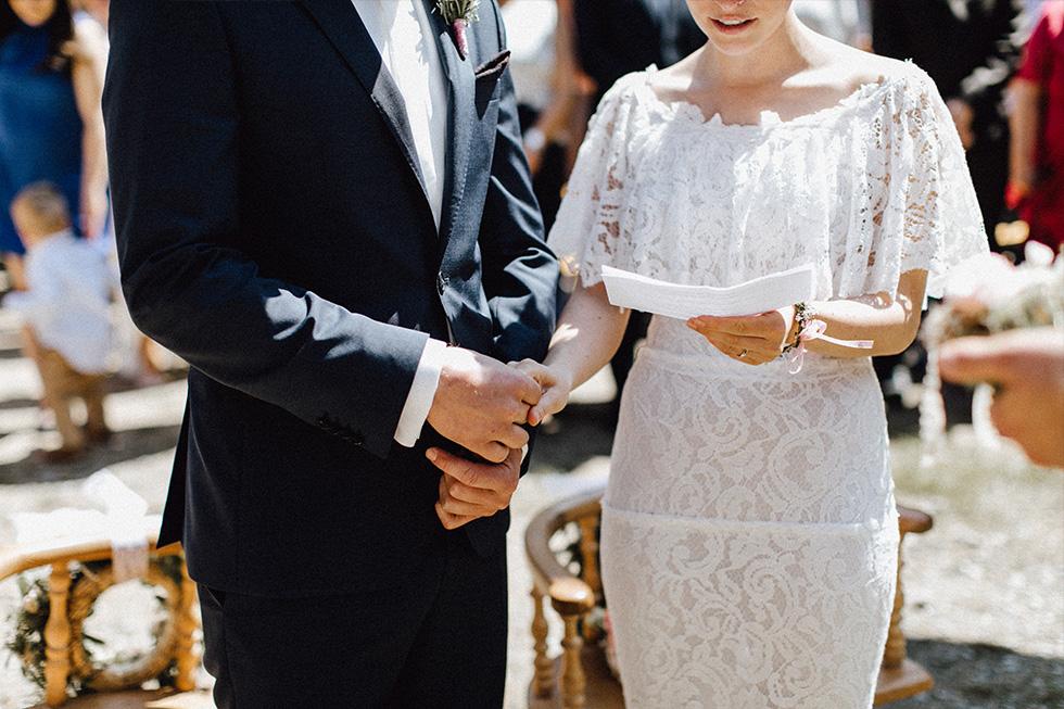 Traumanufaktur_Schafferhof_Windischeschenbach_Bayrische_Hochzeit_Hochzeitsfotograf_084.jpg