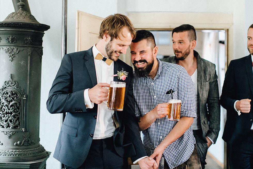 Traumanufaktur_Schafferhof_Windischeschenbach_Bayrische_Hochzeit_Hochzeitsfotograf_136.jpg
