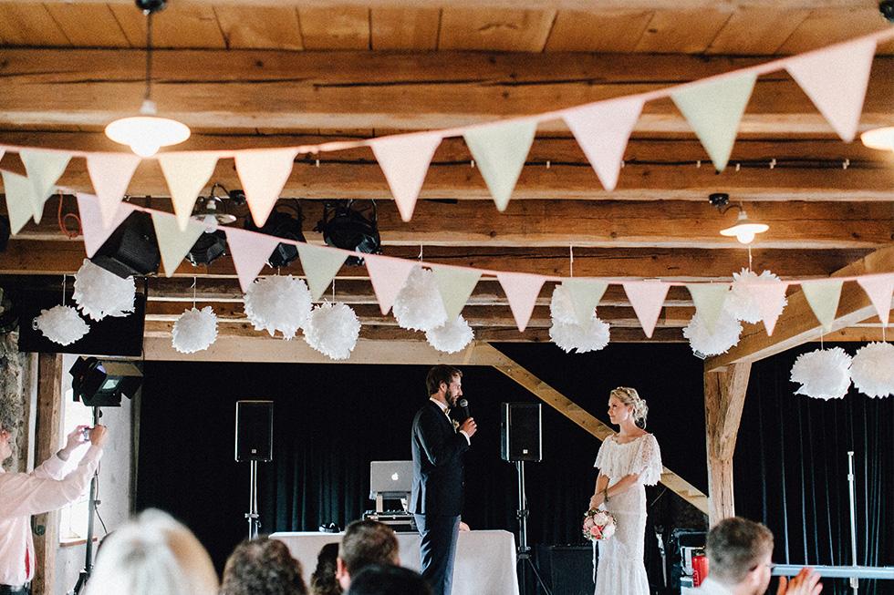 Traumanufaktur_Schafferhof_Windischeschenbach_Bayrische_Hochzeit_Hochzeitsfotograf_149.jpg