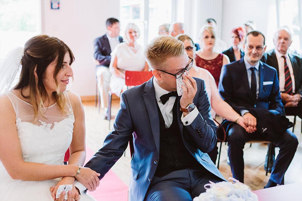 Traumanufaktur_Hochzeitsreportag_Hochzeitsfotograf_Gut_Landsdorf_Rostock_Ostsee_031.jpg