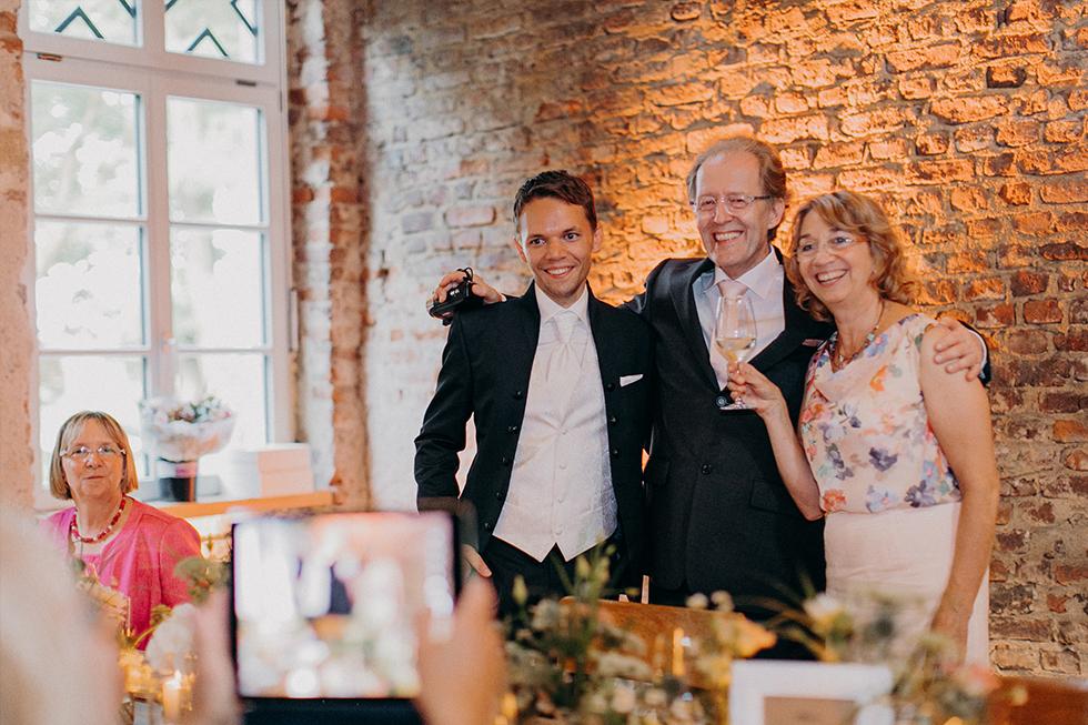Traumanufaktur_Hochzeitsfotograf_Gut_Orr_Köln_82.jpg