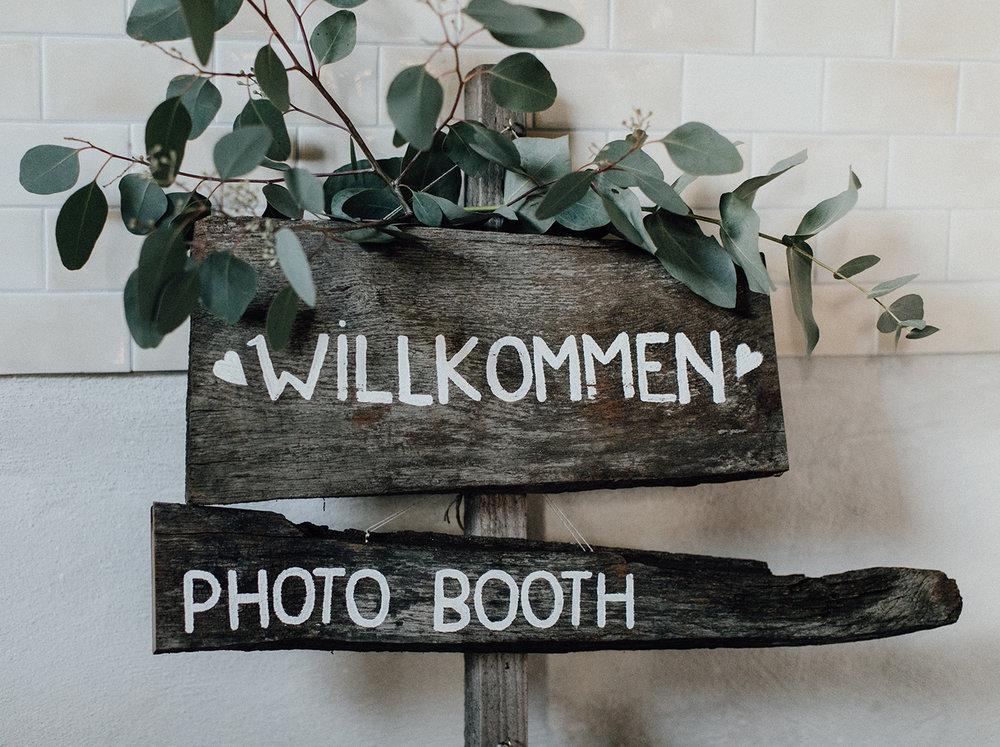 Traumanufaktur_Dekoverleih_Wegweiser_Holzschilder_4.jpg