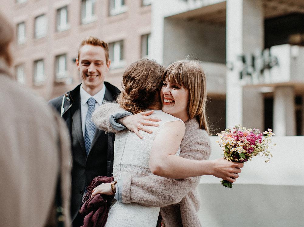 Traumanufaktur_Hochzeitsfotograf_Köln_Strandesamt_Klub_der_Töne_Hochzeit_2.jpg