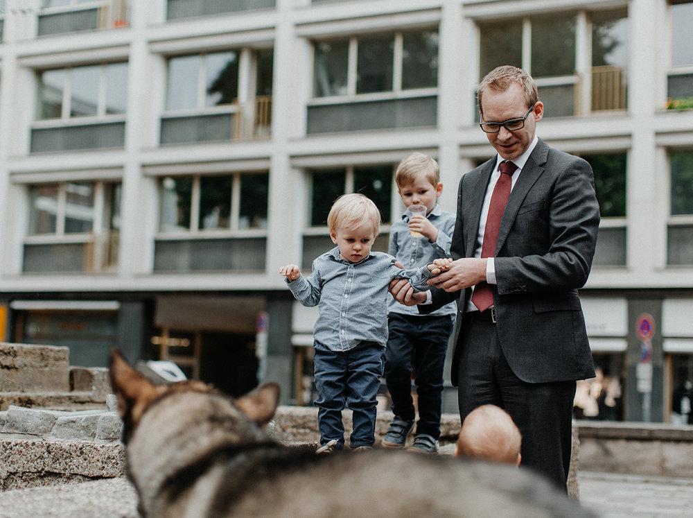 Traumanufaktur_Hochzeitsfotograf_Köln_Strandesamt_Klub_der_Töne_Hochzeit_23.jpg