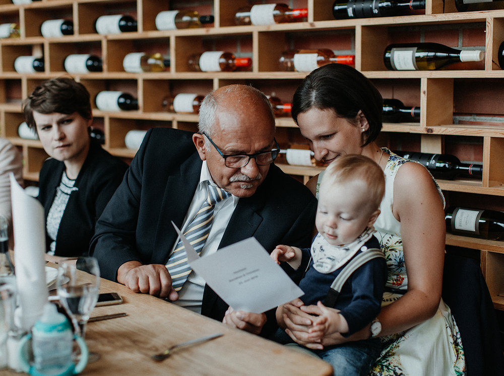 Traumanufaktur_Hochzeitsfotograf_Köln_Strandesamt_Klub_der_Töne_Hochzeit_45.jpg