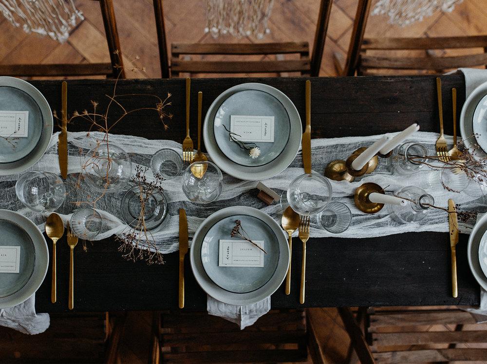 Traumanufaktur_Styled_Shoot_Homburger_Papiermühle_Nümbrecht_Hochzeitsreportage_Hochzeitspapeterie_Hochzeitsdekoration_14.jpg