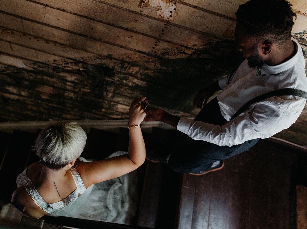 Traumanufaktur_Styled_Shoot_Homburger_Papiermühle_Nümbrecht_Hochzeitsreportage_Hochzeitspapeterie_Hochzeitsdekoration_41.jpg