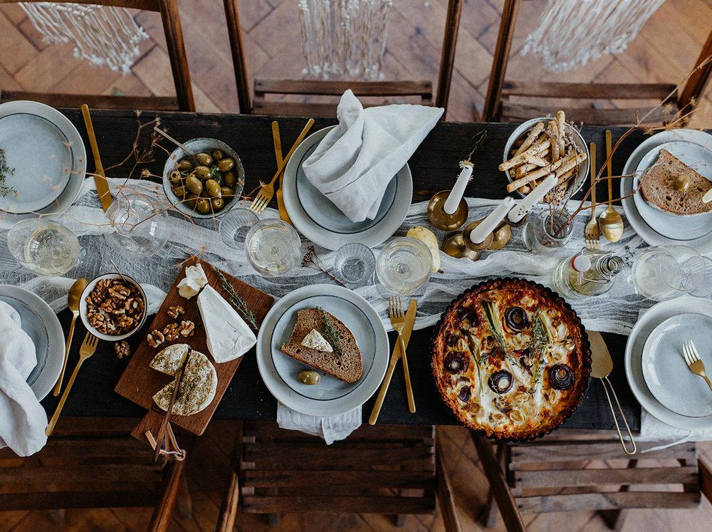 Traumanufaktur_Styled_Shoot_Homburger_Papiermühle_Nümbrecht_Hochzeitsreportage_Hochzeitspapeterie_Hochzeitsdekoration_48.jpg