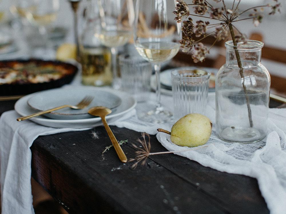Traumanufaktur_Styled_Shoot_Homburger_Papiermühle_Nümbrecht_Hochzeitsreportage_Hochzeitspapeterie_Hochzeitsdekoration_51.jpg