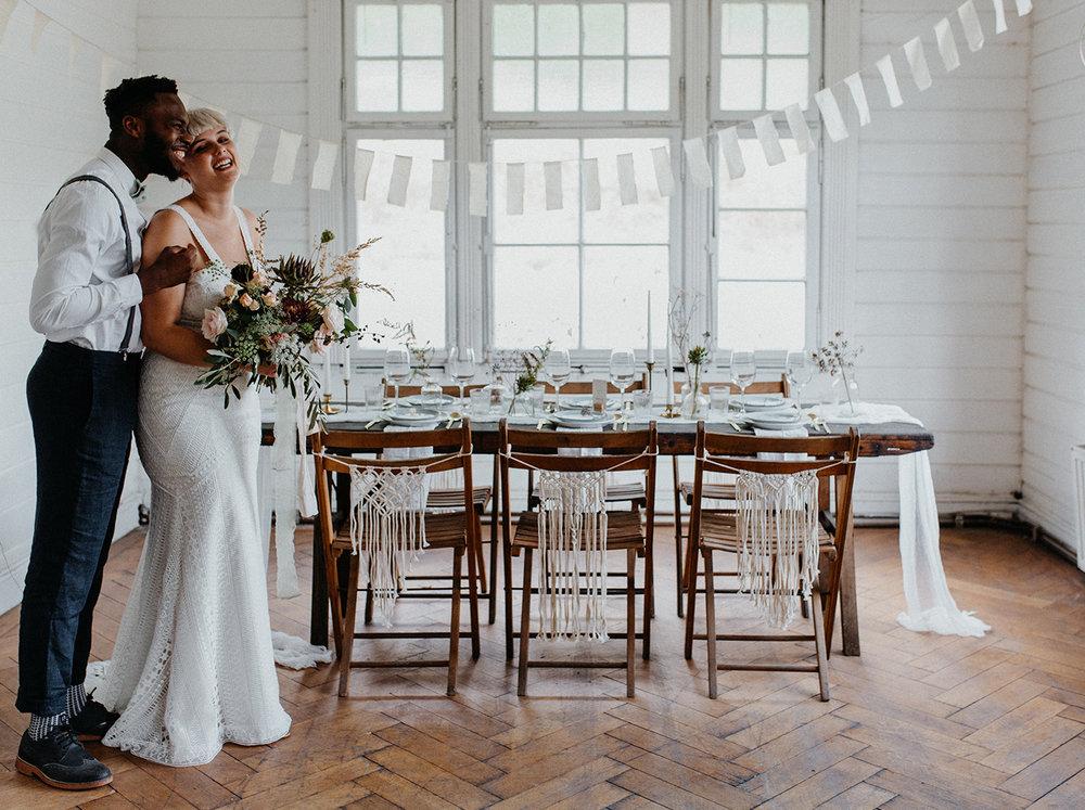 Traumanufaktur_Styled_Shoot_Homburger_Papiermühle_Nümbrecht_Hochzeitsreportage_Hochzeitspapeterie_Hochzeitsdekoration_32.jpg