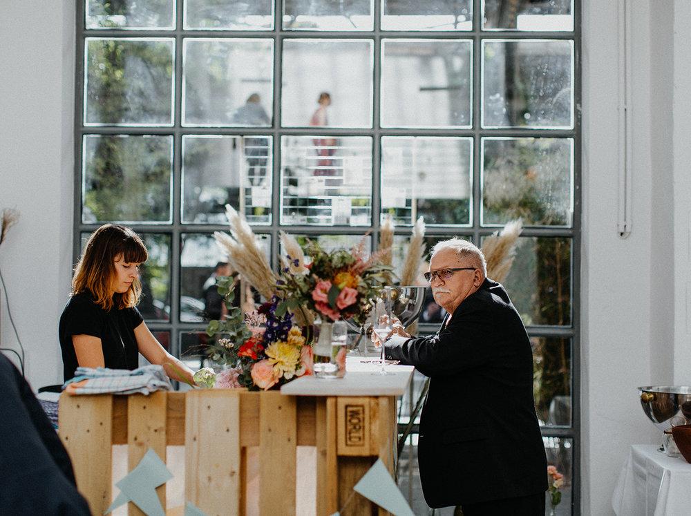 Traumanufaktur_Hochzeitsreportage_Hochzeitsfotograf_Studio_Lichtstraße_Köln_81.jpg