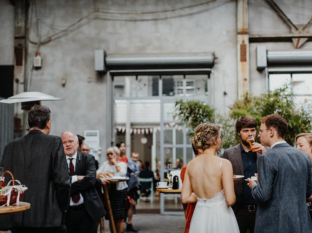 Traumanufaktur_Hochzeitsreportage_Hochzeitsfotograf_Studio_Lichtstraße_Köln_90.jpg