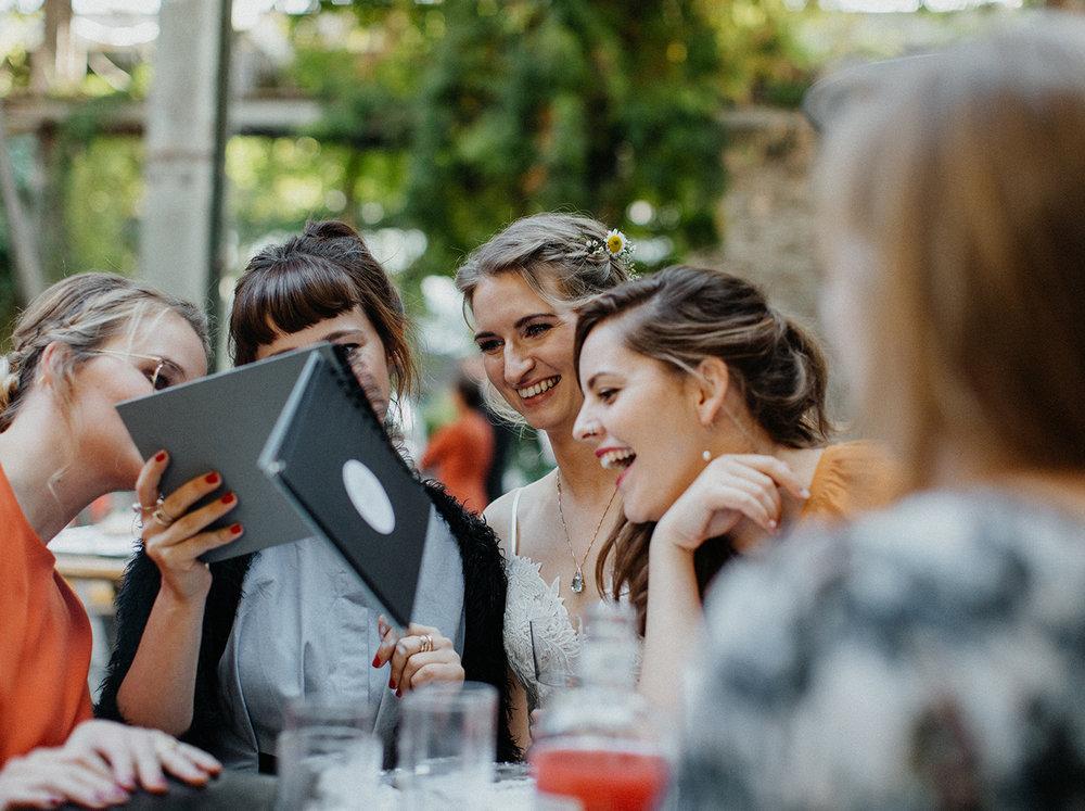 Traumanufaktur_Hochzeitsreportage_Hochzeitsfotograf_Studio_Lichtstraße_Köln_99.jpg