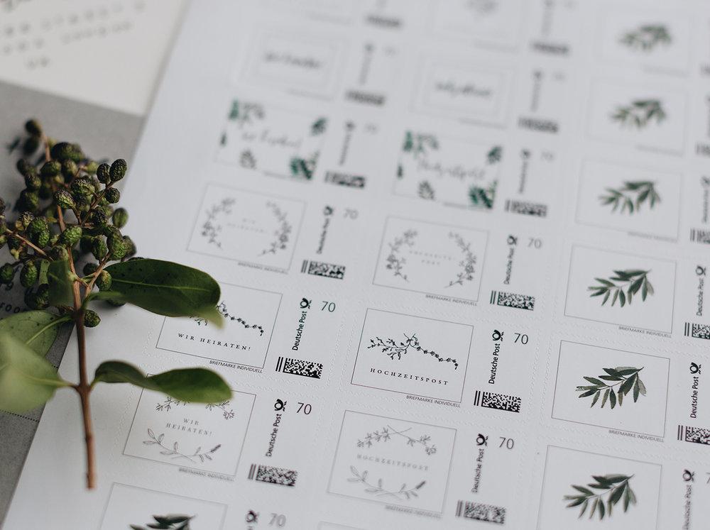 Individuelle_Briefmarken_Hochzeitseinladung_Deutsche-Post_Traumanufaktur_3.jpg