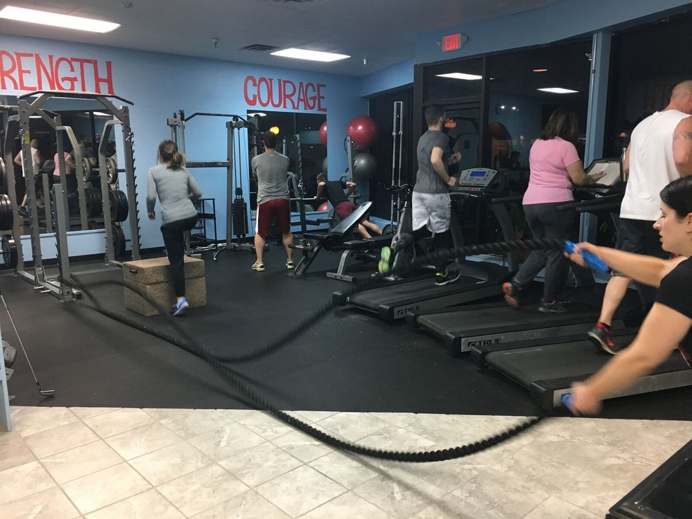 Workout - group, ropes.jpeg