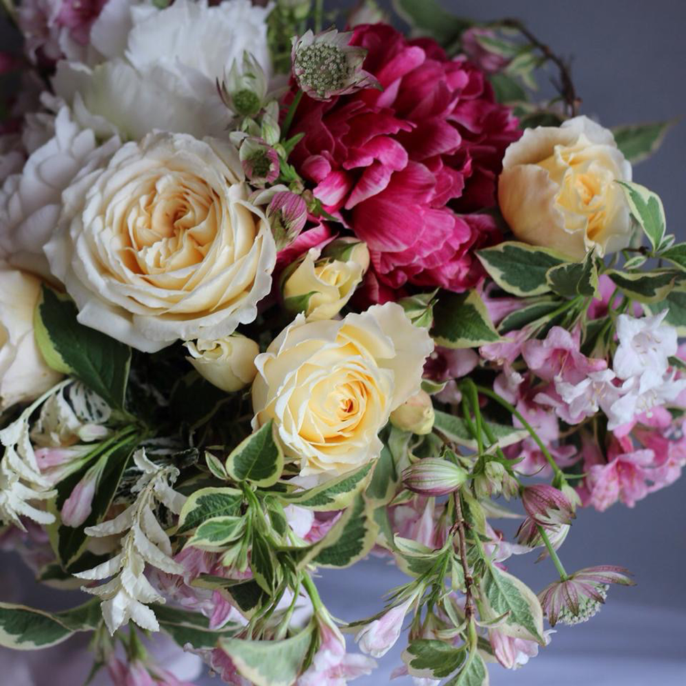 Detail-of-garden-style-bouquet.png