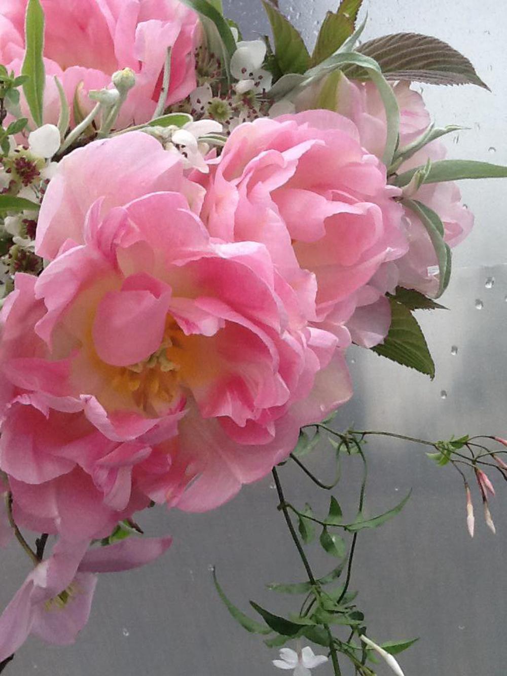 Spring-garden-bouquet.png