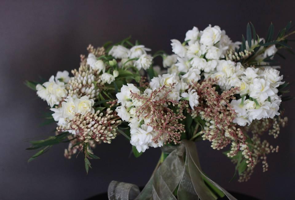 Early Spring  wedding bouquet.jpg