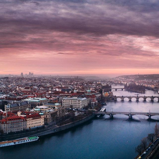The view over Prague is breathtaking! Imagine all the beer in this city! 🍺 #pragabeer #premiumpils #czechbeer #pragapils
