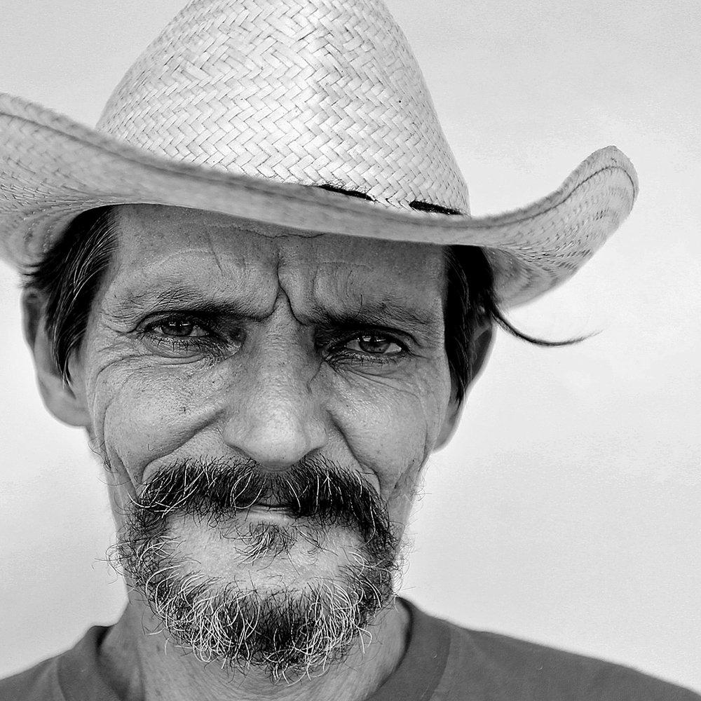 Marcolino Pérez, Farmer
