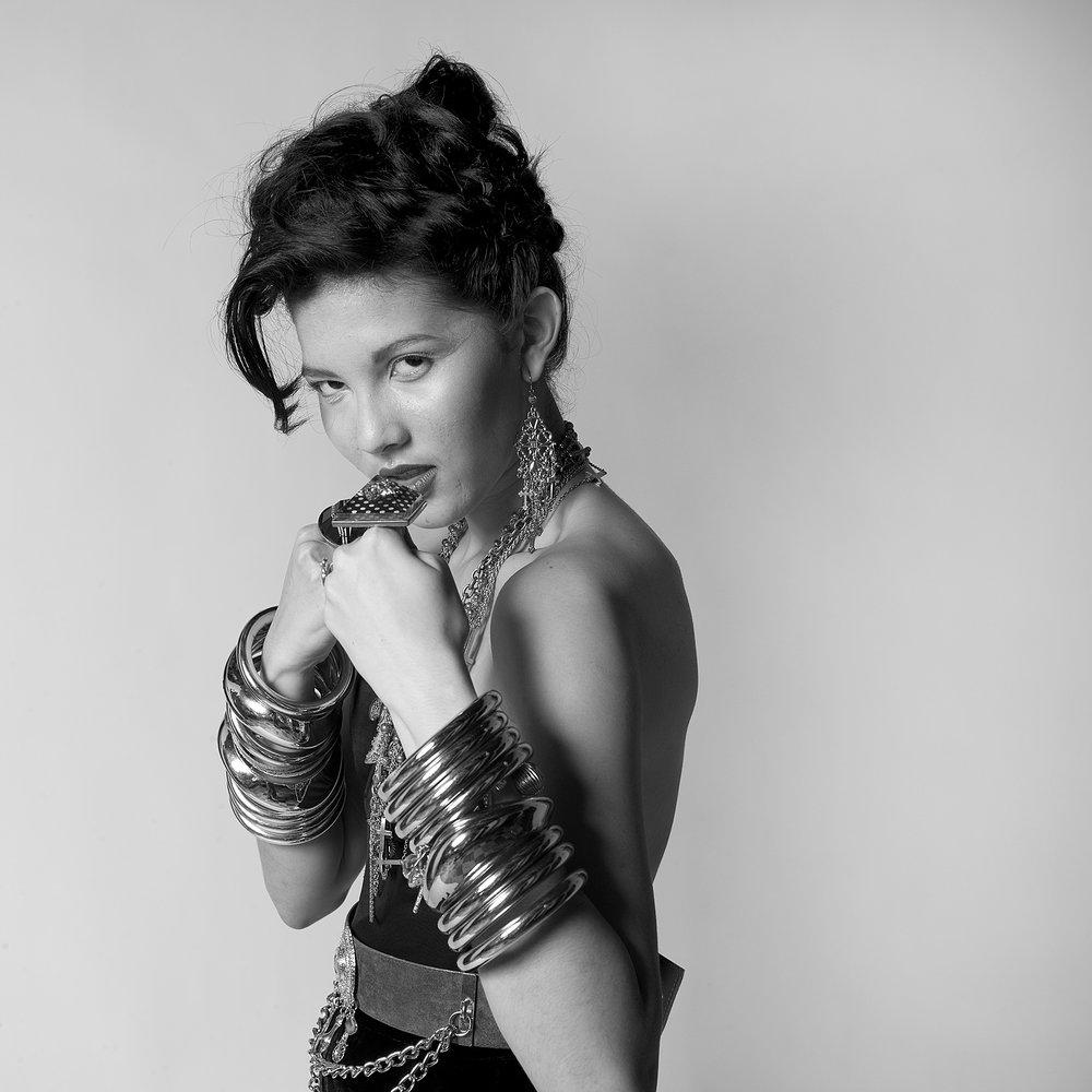 Alina Nicole, Model