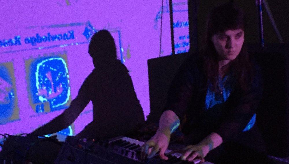 Camilla Padgitt-Coles - Synthesizer + Singing Bowls