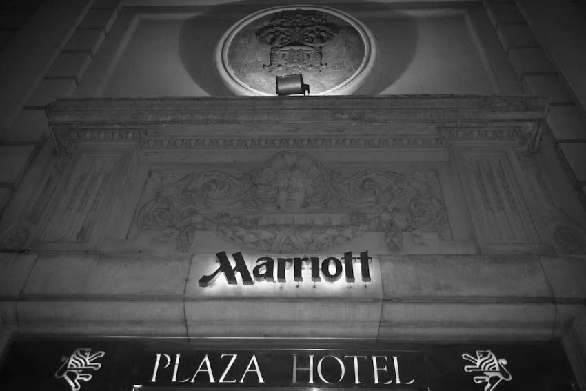 eugenia+pedro-hotel-marriot-iglesia-san-benito-abad-centro-naval-buenos-aires-fotografo-casamientos-en -buenos-aires-argentina-002