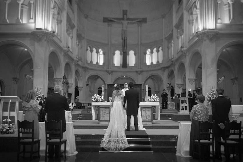 eugenia+pedro-hotel-marriot-iglesia-san-benito-abad-centro-naval-buenos-aires-fotografo-casamientos-en -buenos-aires-argentina-023