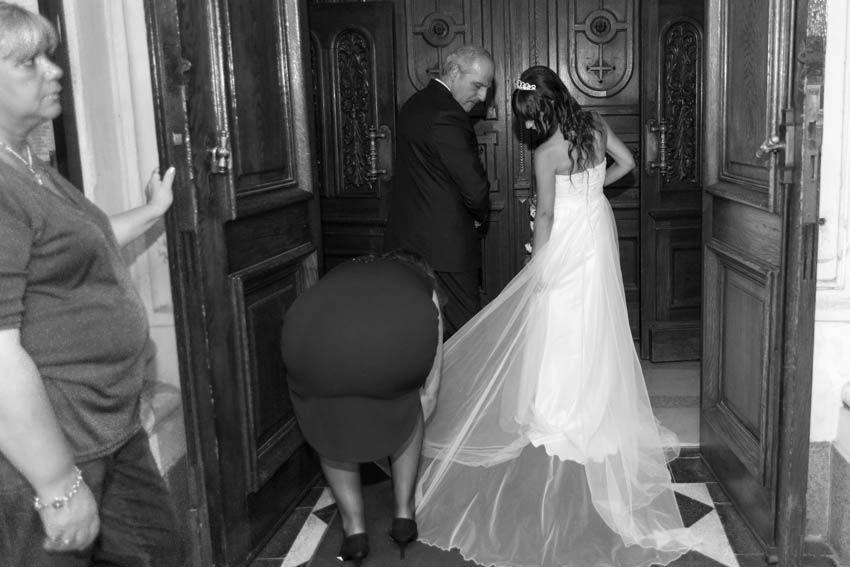 Laura+pablo-fotografo-de-casamientos-bodas-en-buenos aires-capital-argentina-imagenes-uriel-luongo-urielluongo.com-fotoperiodismo-basilica-san antonio de padua-mora prado-eventos (11 de 44)