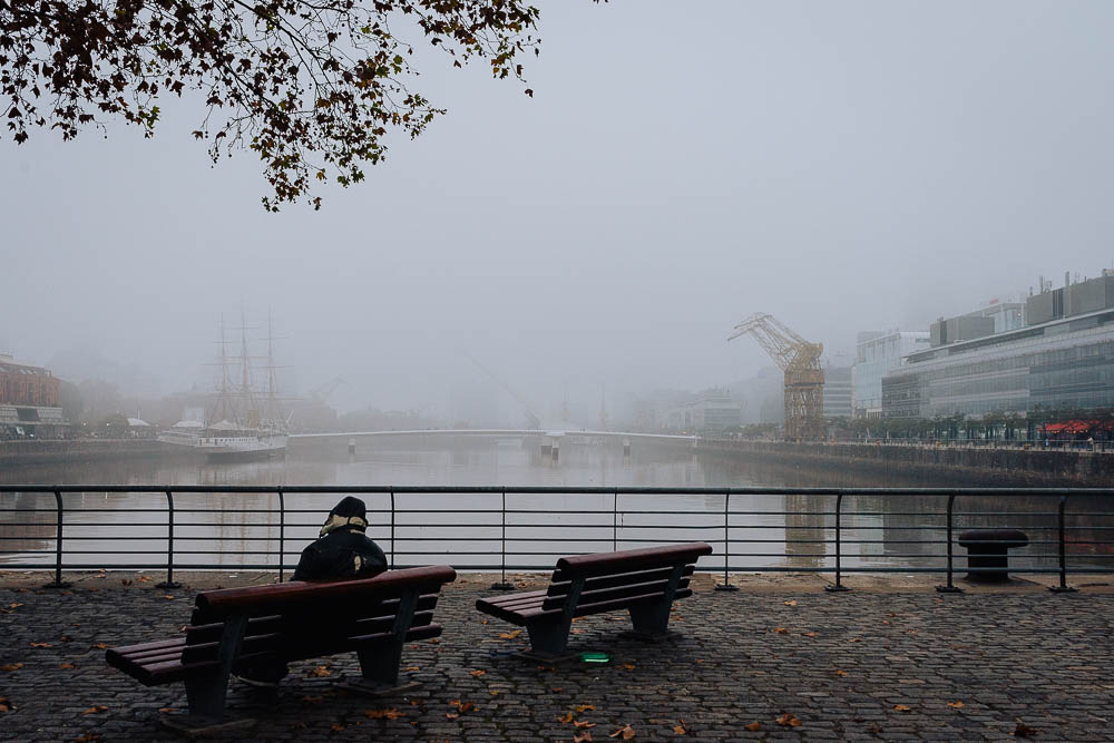 street-photo-uriel-luongo-fotografia-de-calle-en-buenos-aires-argentina-puerto-madero-imagenes-visual-storytelling-60.jpg