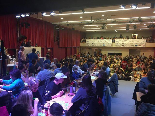 On joue !! #lotoduskiclub #skiclubvillars @skiromand @couperaiffeisen #mercilessponsors #essvillars @datwyler_sports #vaudoiseassurances #forumfinancegroup #regieturrian #crumbscafebretaye #mcboard.paragon #scilimatifilssa #bonzontransports #turelcharpente #badan_vins #charlescossettoetfilssa #richardsports #garage_alpauto_villars #boucherienicollier #sportshousevillars #eurotelvictoriavillars #domingocuencasarl #tele_villars_gryon_diablerets