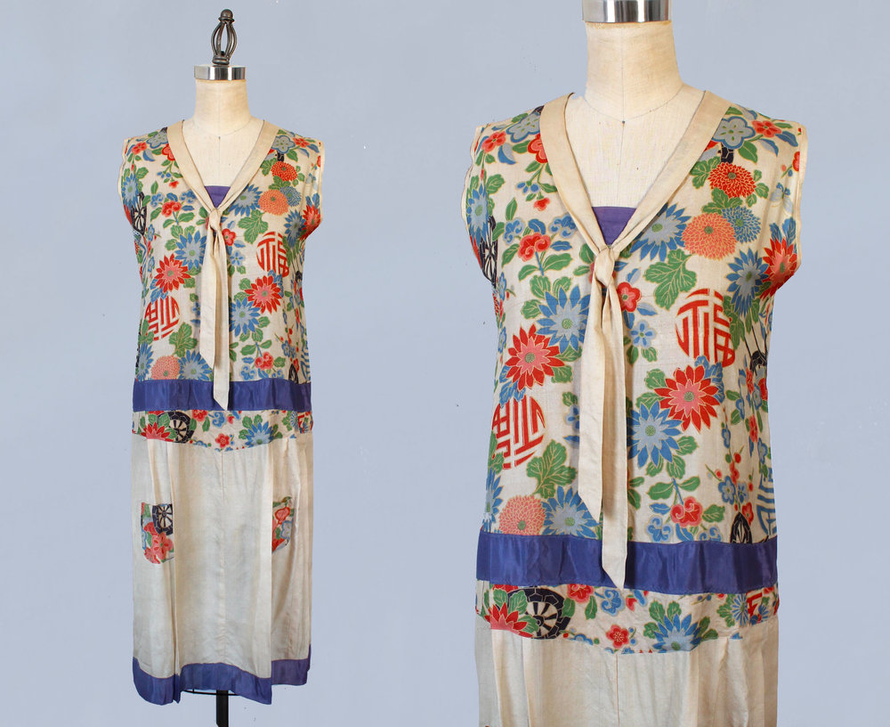 Japanese pongee silk printed dress. 1920s.