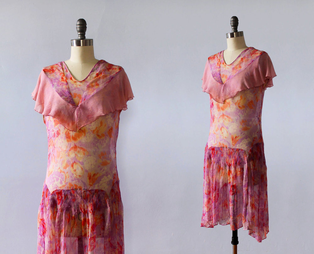 Pink silk chiffon dress in a floral print. 1920s.