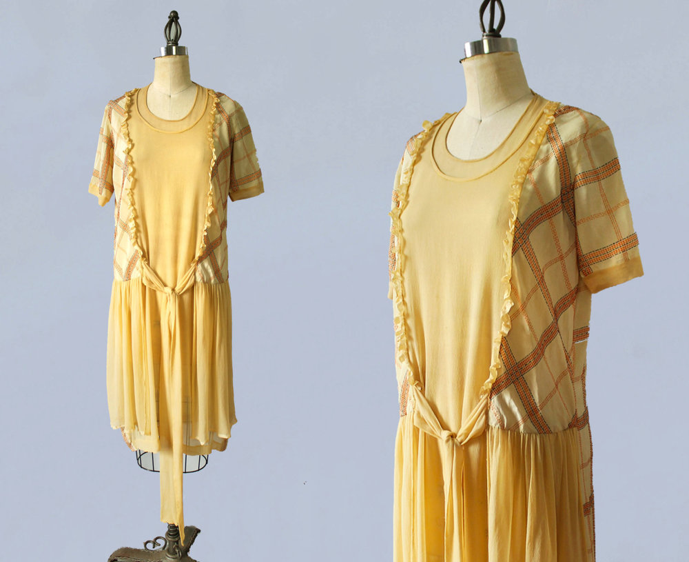 Yellow silk dress. 1920s.