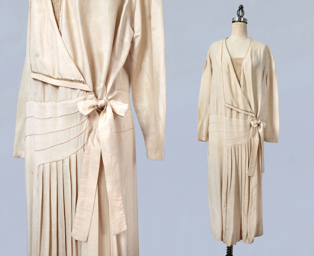 Raw silk wrap dress. 1920s.