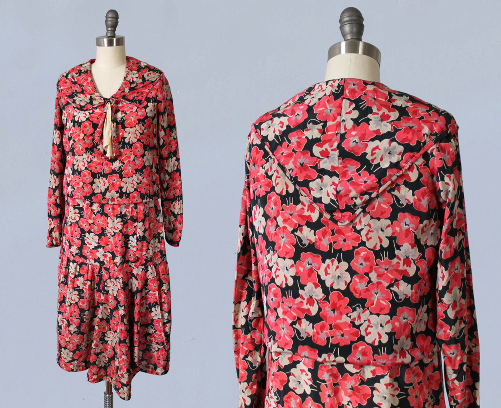 Red floral silk printed dress. 1920s.