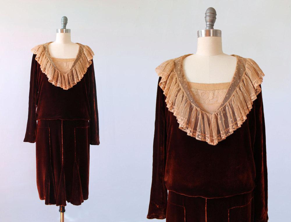 Silk velvet and lace dress. 1920s.