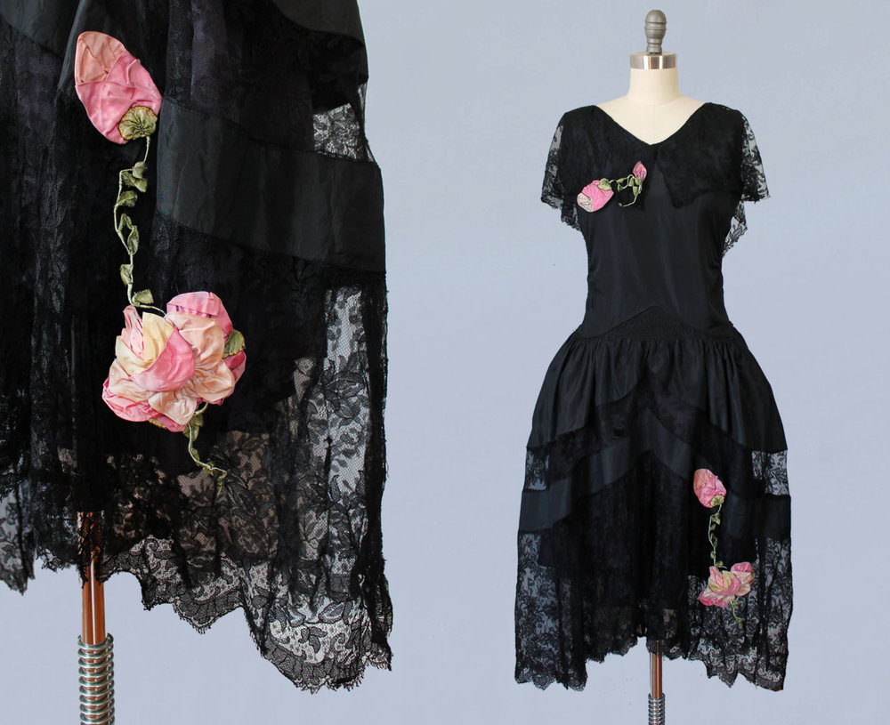 Black silk taffeta and lace robe de style dress with silk flowers. 1920s.