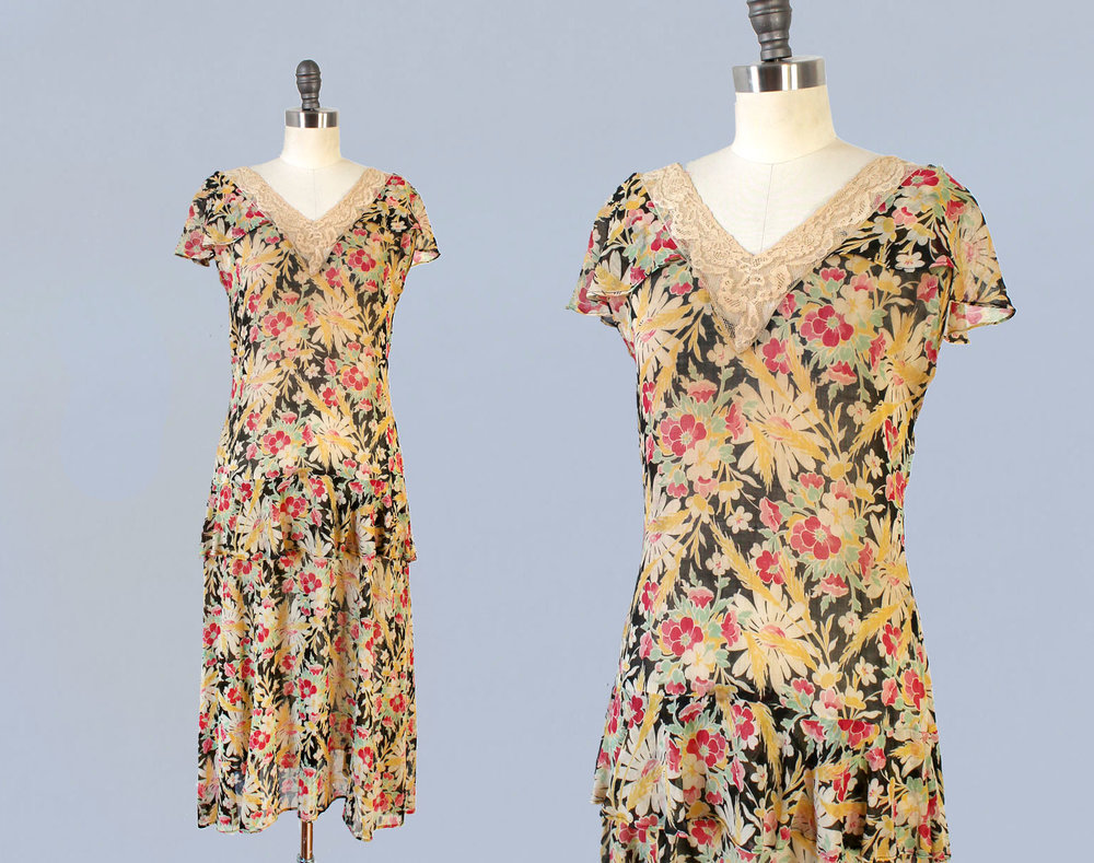 Printed cotton floral dress. 1920s.