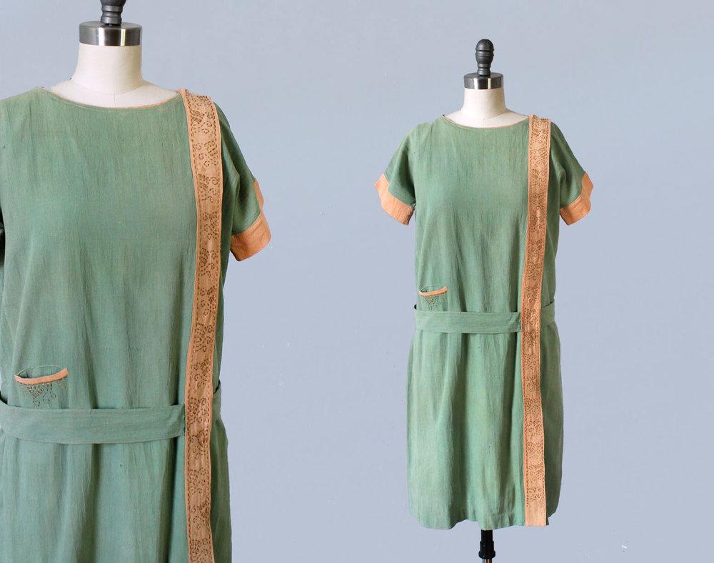 Green cotton dress. 1920s.